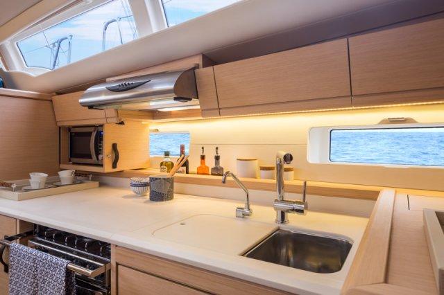 Trend Travel Yachting, Jeanneau Yacht 54. Kaufen oder Chartern beim Charterspezialist. Interieur (14)