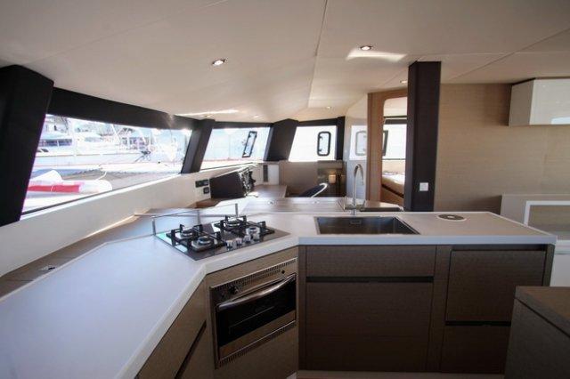 trend-travel-yachting-yachtverkauf-Neel Trimarane-Neel 51-Innenbilder-27