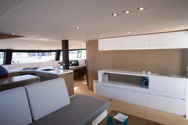 trend-travel-yachting-yachtverkauf-Neel Trimarane-Neel 51-Innenbilder-9