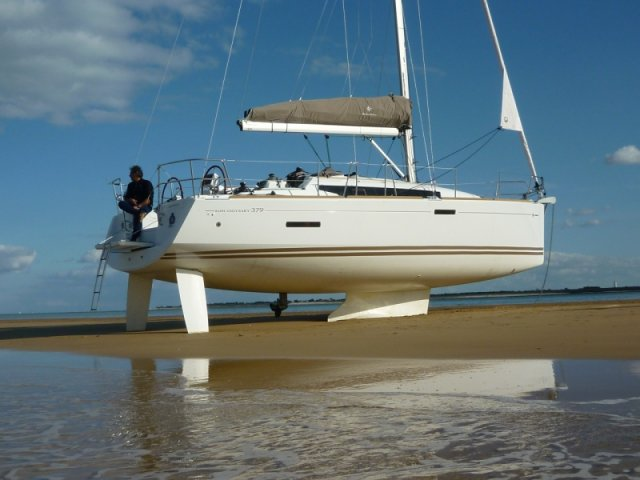 trend-travel-yachting-yachtverkauf-sun-odyssey-sun-odyssey-389-Aussenbilder-10