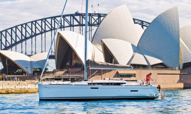 trend-travel-yachting-yachtverkauf-sun-odyssey-sun-odyssey-389-Aussenbilder-14