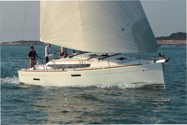 trend-travel-yachting-yachtverkauf-sun-odyssey-sun-odyssey-389-Aussenbilder-15