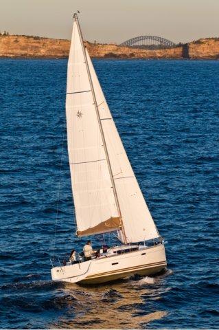 trend-travel-yachting-yachtverkauf-sun-odyssey-sun-odyssey-389-Aussenbilder-2