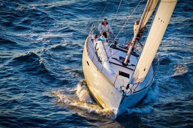 trend-travel-yachting-yachtverkauf-sun-odyssey-sun-odyssey-389-Aussenbilder-4
