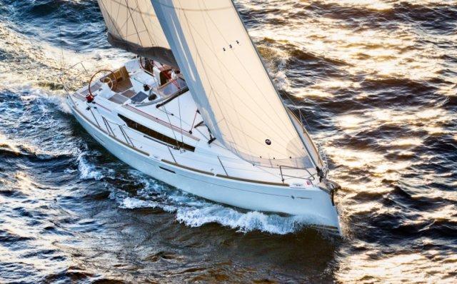 trend-travel-yachting-yachtverkauf-sun-odyssey-sun-odyssey-389-Aussenbilder-5