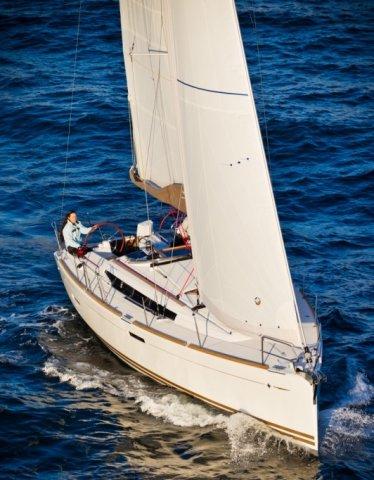 trend-travel-yachting-yachtverkauf-sun-odyssey-sun-odyssey-389-Aussenbilder-7