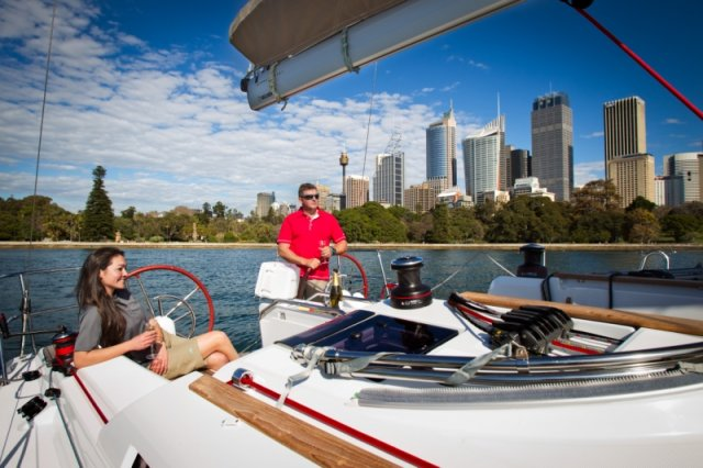 trend-travel-yachting-yachtverkauf-sun-odyssey-sun-odyssey-389-Aussenbilder-8