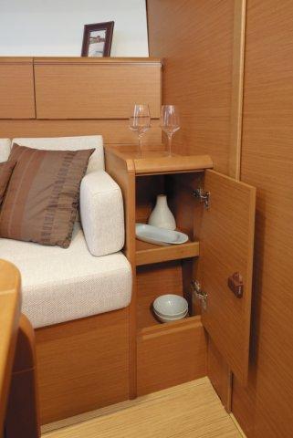 trend-travel-yachting-yachtverkauf-sun-odyssey-sun-odyssey-389-Innenbilder-10