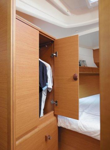 trend-travel-yachting-yachtverkauf-sun-odyssey-sun-odyssey-389-Innenbilder-4