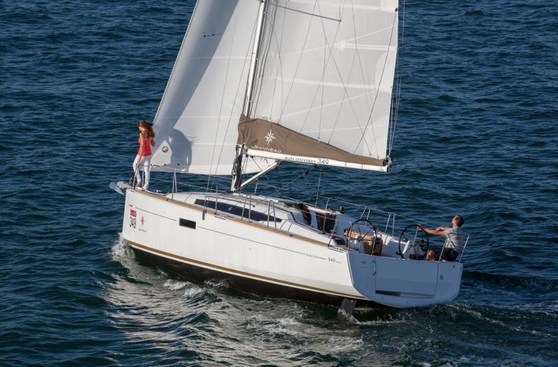 Jeanneau Sun Odyssey 349 unter Segeln (9)