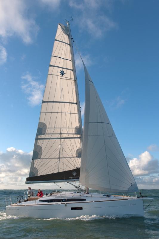 Jeanneau Sun Odyssey 349 unter Segeln (14)