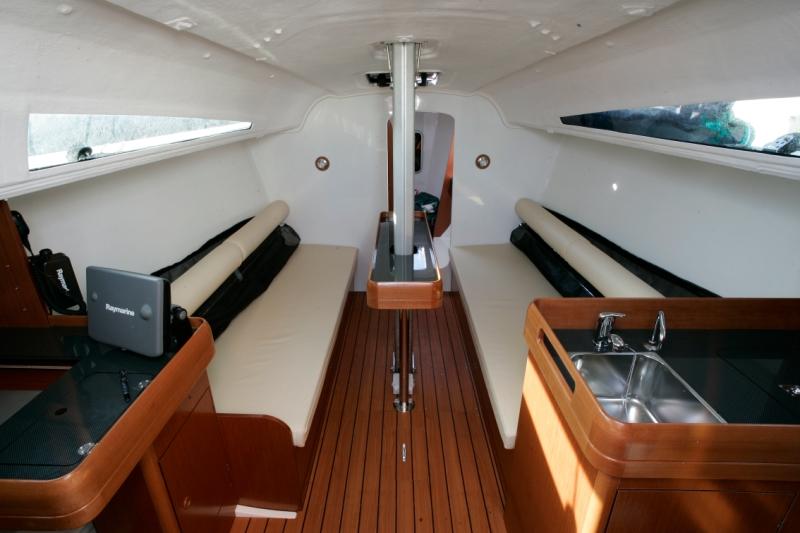 Trend Travel Yachting, Jeanneau Yachten Kaufen oder Chartern. Sun Fast 3200, Interieur