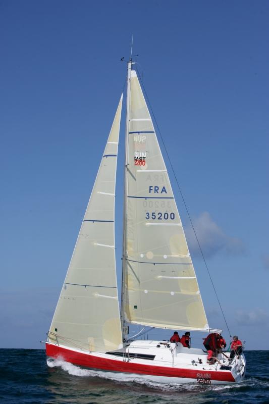 Trend Travel Yachting, Jeanneau Yachten Kaufen oder Chartern. Sun Fast 3200, Unter Segeln (2)