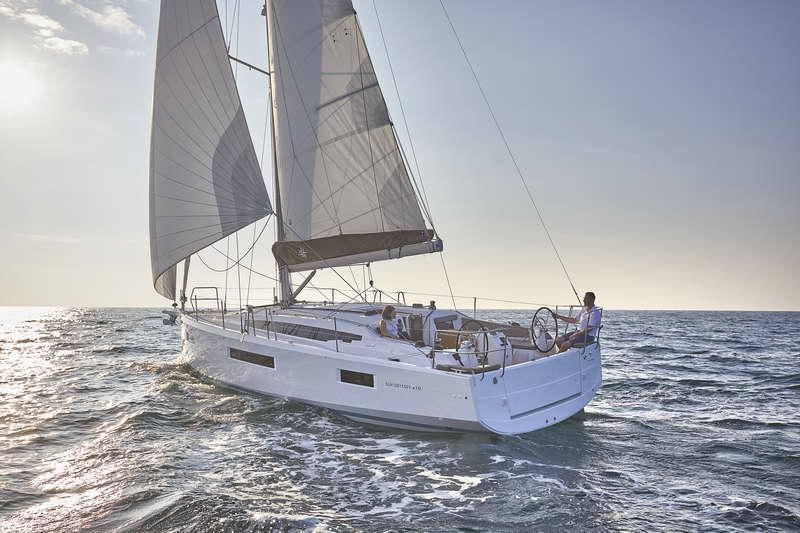 Trend Travel Yachting Sun Odyssey 410 Aussen (10)