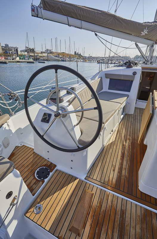 Trend Travel Yachting Sun Odyssey 410 Aussen (12)