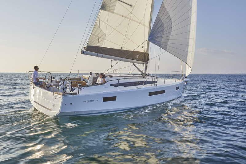 Trend Travel Yachting Sun Odyssey 410 Aussen (13)
