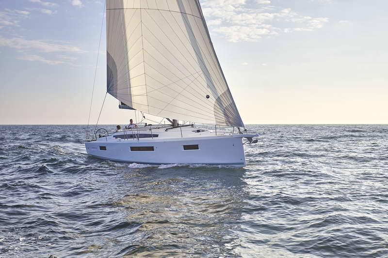 Trend Travel Yachting Sun Odyssey 410 Aussen (14)