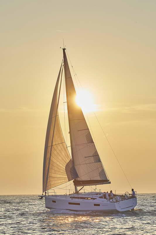 Trend Travel Yachting Sun Odyssey 410 Aussen (16)