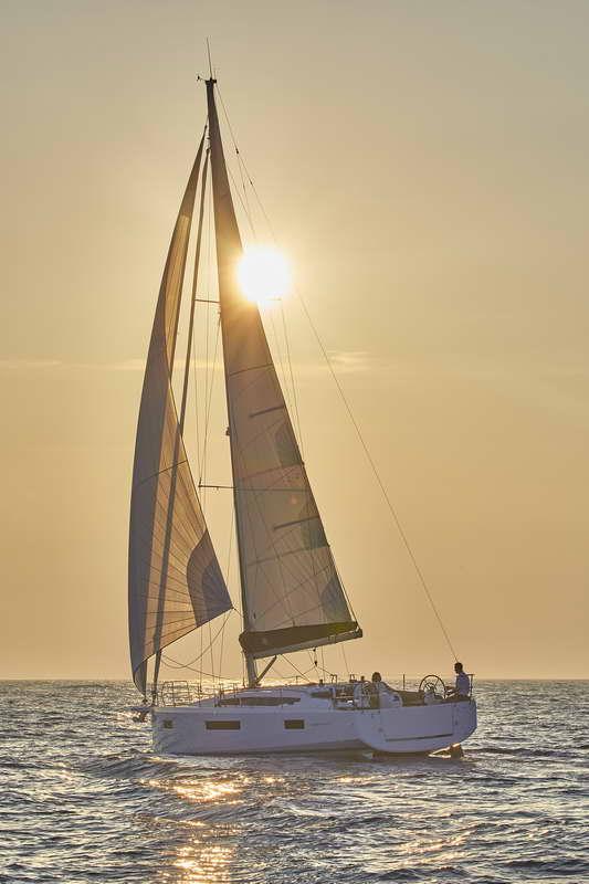 Trend Travel Yachting Sun Odyssey 410 Aussen (18)