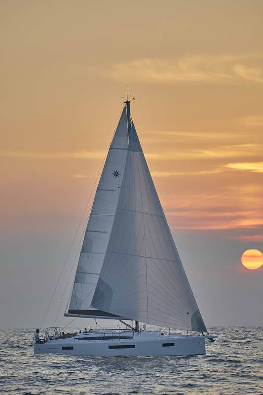 Trend Travel Yachting Sun Odyssey 410 Aussen (2)