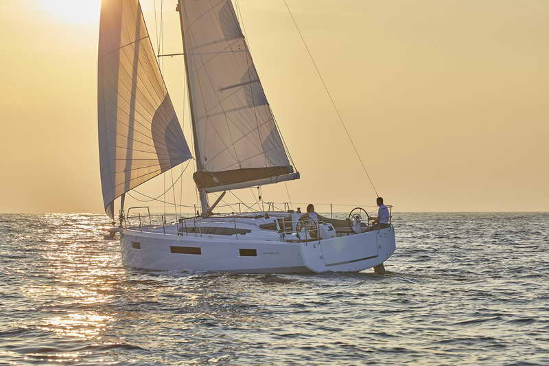 Trend Travel Yachting Sun Odyssey 410 Aussen (3)