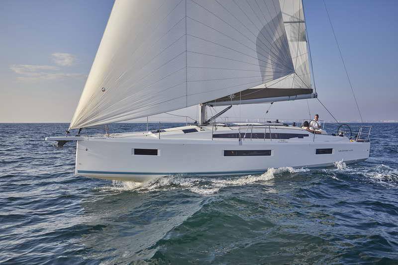 Trend Travel Yachting Sun Odyssey 410 Aussen (9)