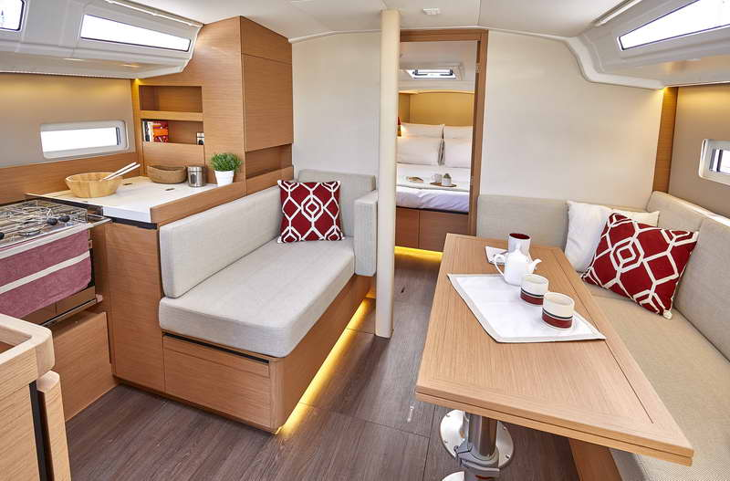 Trend Travel Yachting Sun Odyssey 410 Innen (12)