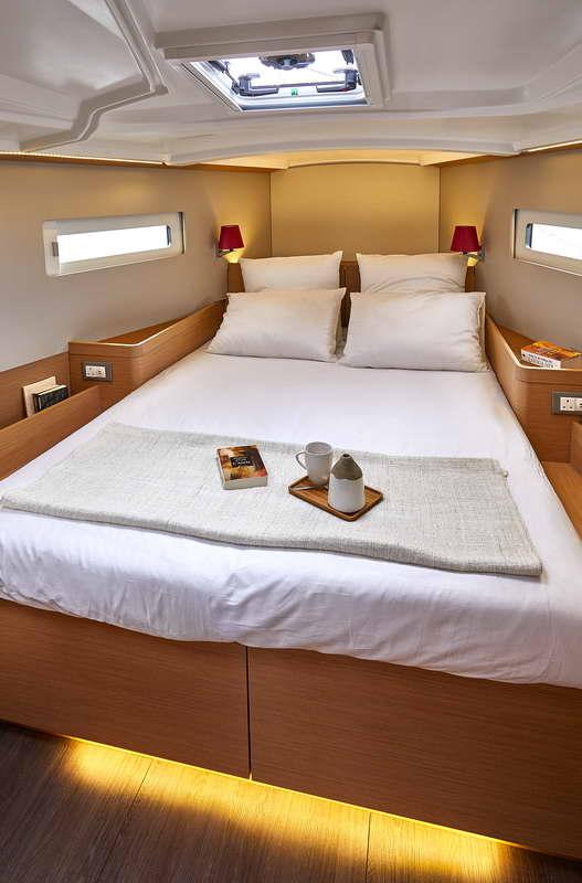 Trend Travel Yachting Sun Odyssey 410 Innen (14)