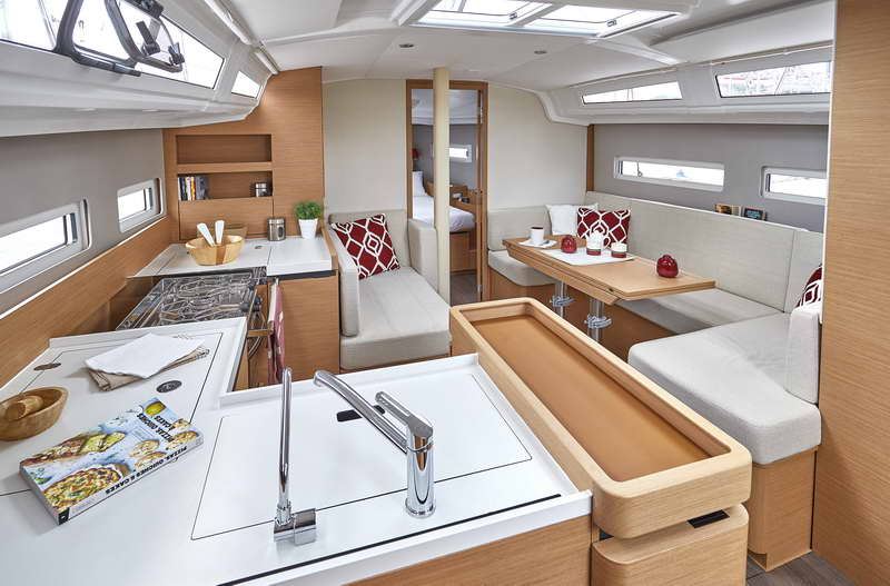 Trend Travel Yachting Sun Odyssey 410 Innen (16)