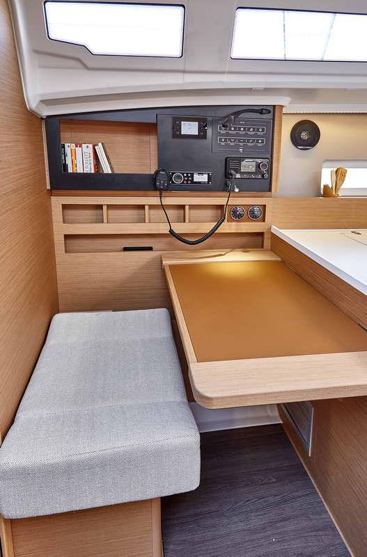 Trend Travel Yachting Sun Odyssey 410 Innen (3)