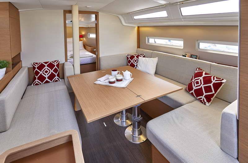 Trend Travel Yachting Sun Odyssey 410 Innen (5)