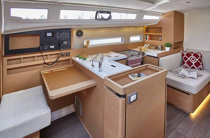 Trend Travel Yachting Sun Odyssey 410 Innen (9)