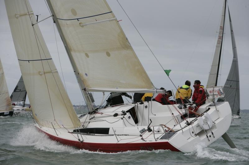 Trend Travel Yachting, Jeanneau Yachten Kaufen oder Chartern. Sun Fast 3200, Unter Segeln (6)