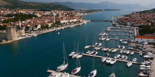 Trend Travel Yachting Charter Kroatien ab Trogir Marina SCT