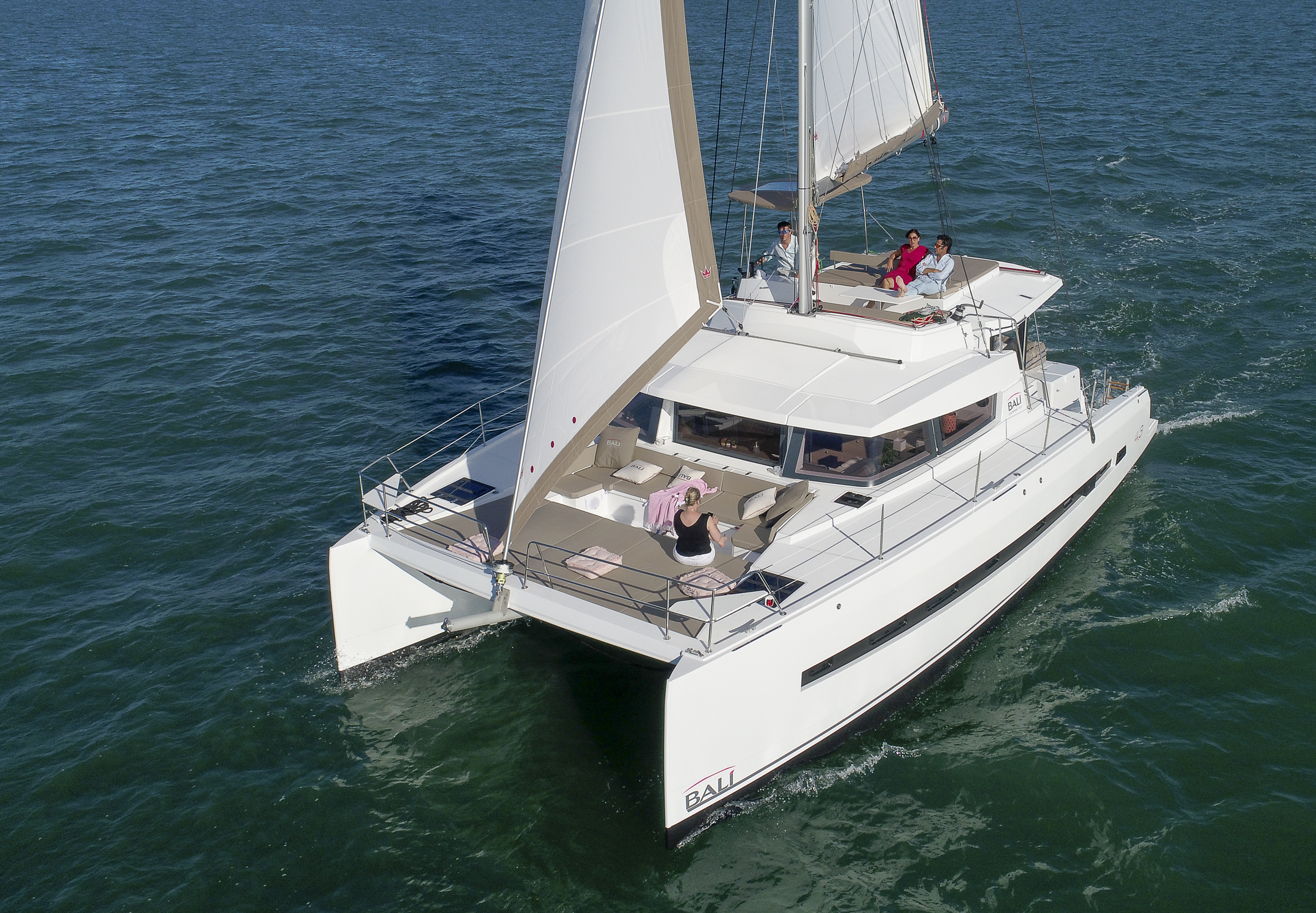 Bali 4.3 Wahi Nui Charter Yacht by Trend Travel Yachting