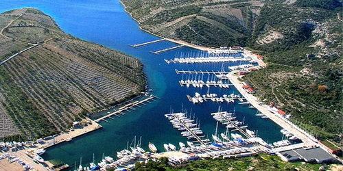 Trend Travel Yachting, Charter ab Primosten Marina Kremik