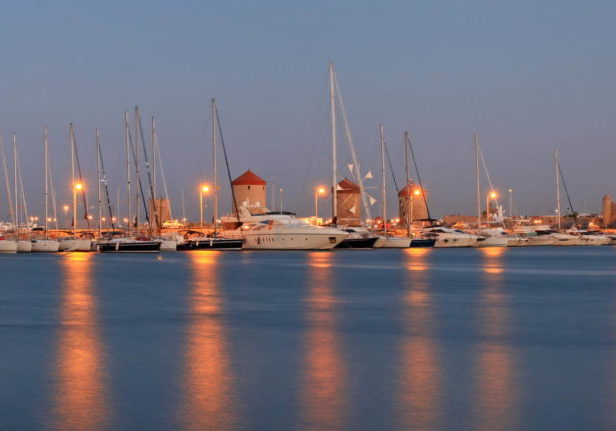 Trend Travel Yachting Charter Griechenland Dodekanes Marina Mandraki Rhodos