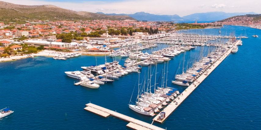 Trend Travel Yachting Charter ab Marina Baotic